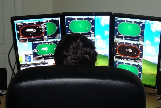 The best pros of being an online poker pro